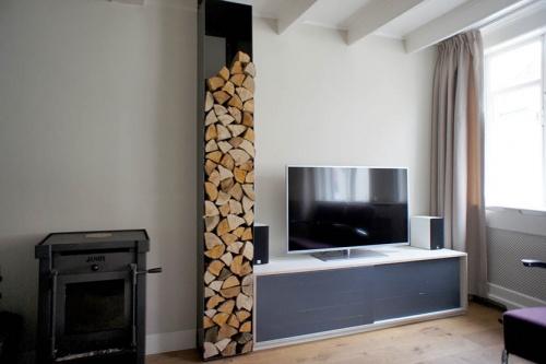TV Meubel met ijzeren kast voor brandhout
